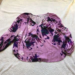 Jennifer Lopez watercolor purple flowy top size L